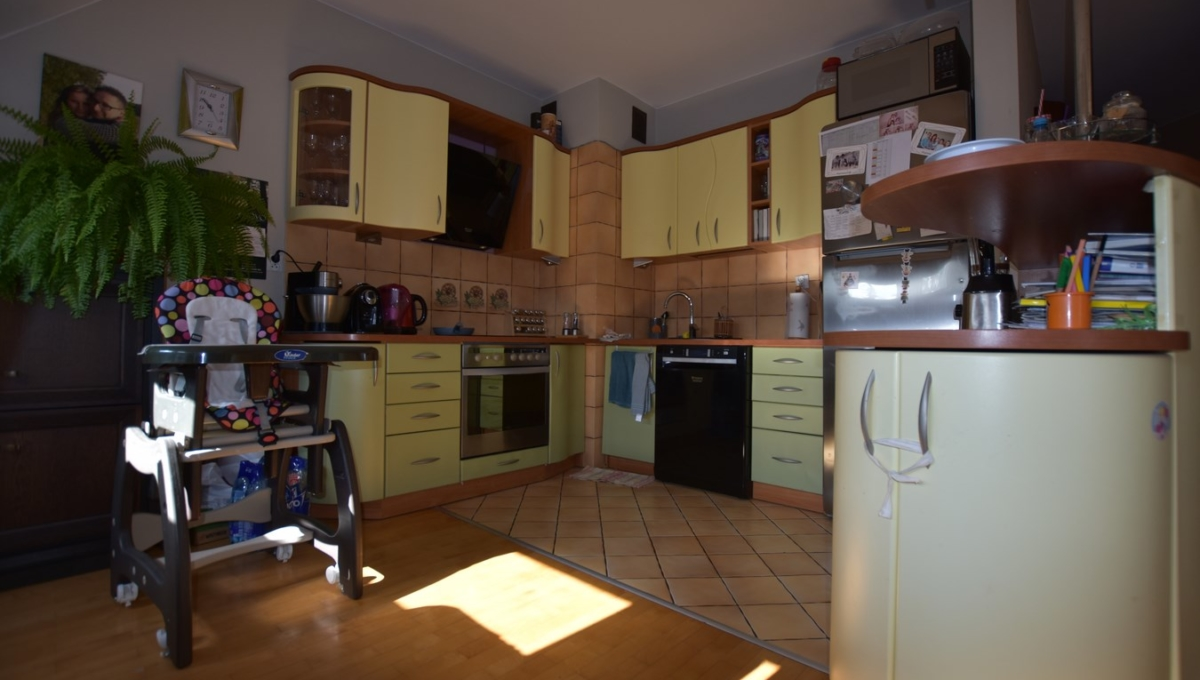 Mieszkanie do wynajęcia na osiedlu Ogrody, 2 sypialnie + salon z balkonem