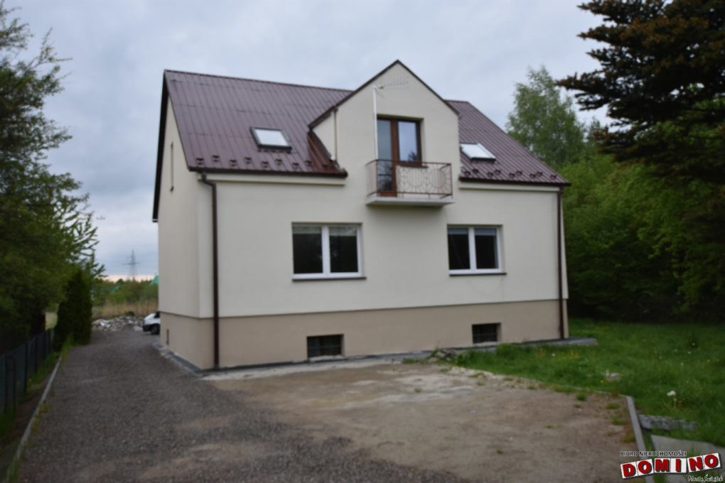 II piętra domu do wynajęcia, 7 pokoi, 400zł/os.